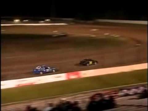 May 20, 2011 - Dirt Devil Feature - Oshkosh Speedzone Raceway