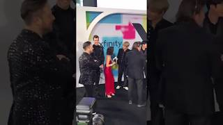 Laura Marano LUCKIEST GIRL IN THE WORLD HUGGED BTS AT THE AMAs!! (I'm jealous)