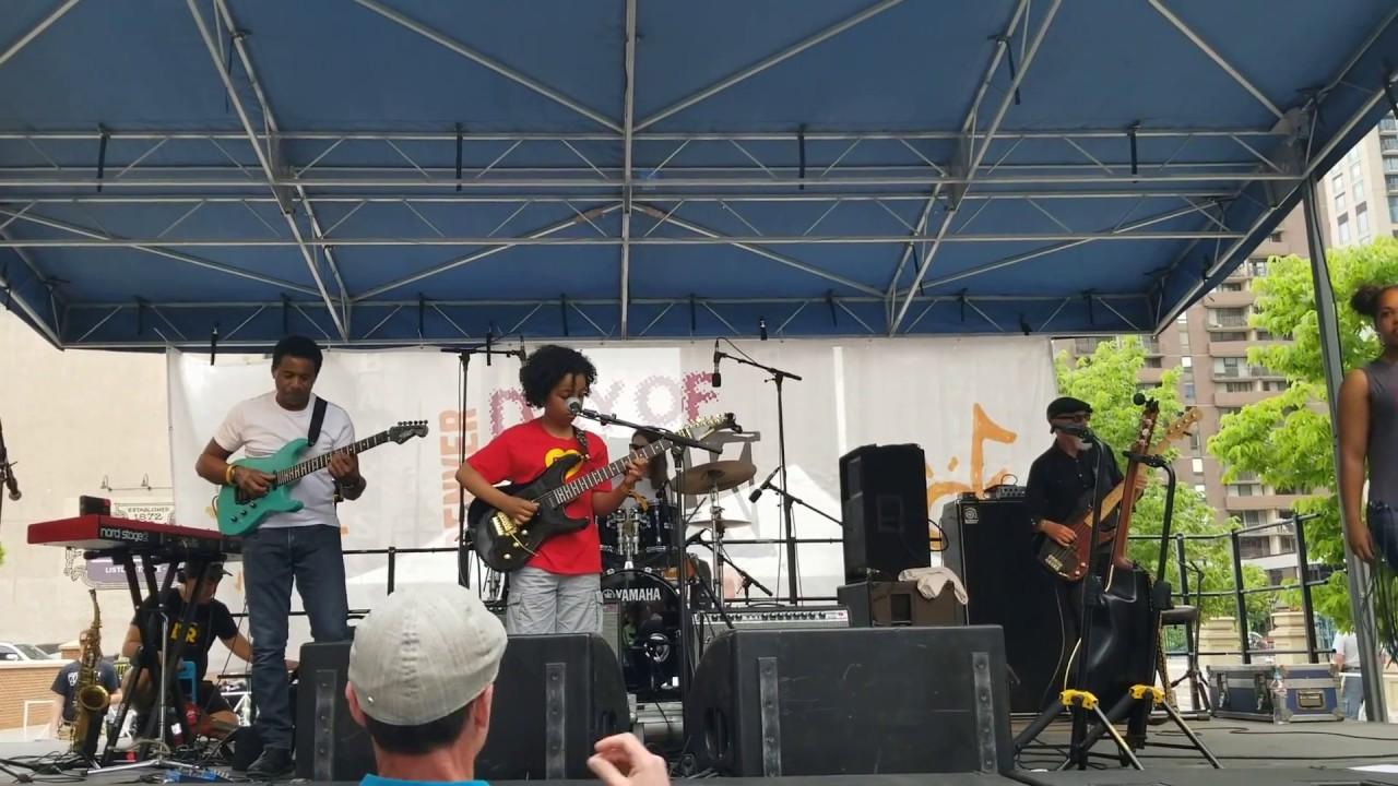 Treacherous Cretins - Frank Zappa - (by 9-year-old  Marel Hidalgo and his band)