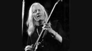 JOHNNY WINTER + B.B. KING : NEWPORT 1969 : EVERYDAY I HAVE THE BLUES .