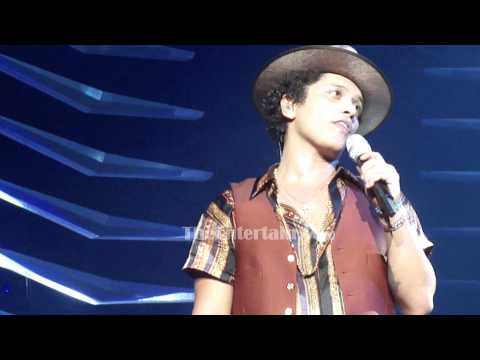 Bruno Mars Pickup Lines - Staples Center 7/28/2013