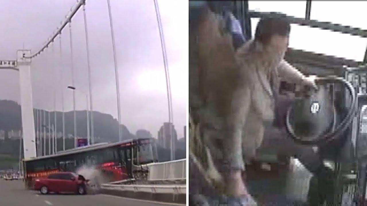 Муж куколд смотрет китаиски ролики пашупвние автобус русские две