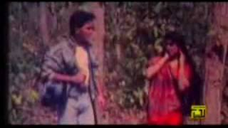 bangla movie song Eknon To Somoy Qayamat Theke Qayamat.mp4