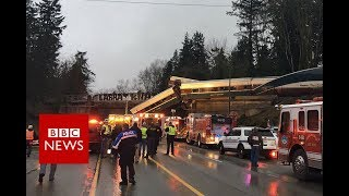Washington train crash: Rail carriages fall on US motorway - BBC News