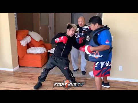JOHN RIEL CASIMERO GOING HARD IN TRAINING! LIGHTS UP MITTS WITH FEROCIOUS COMBINATIONS