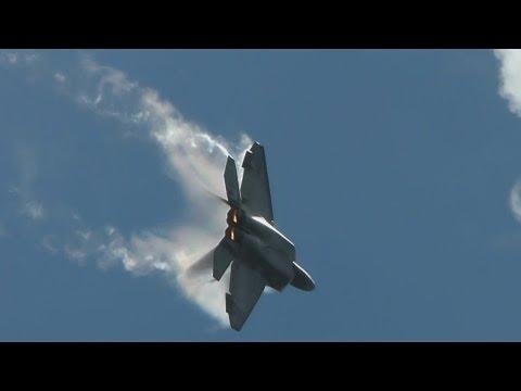 F-22 Raptor Flight demonstration at 2012 MCAS Miramar Airshow