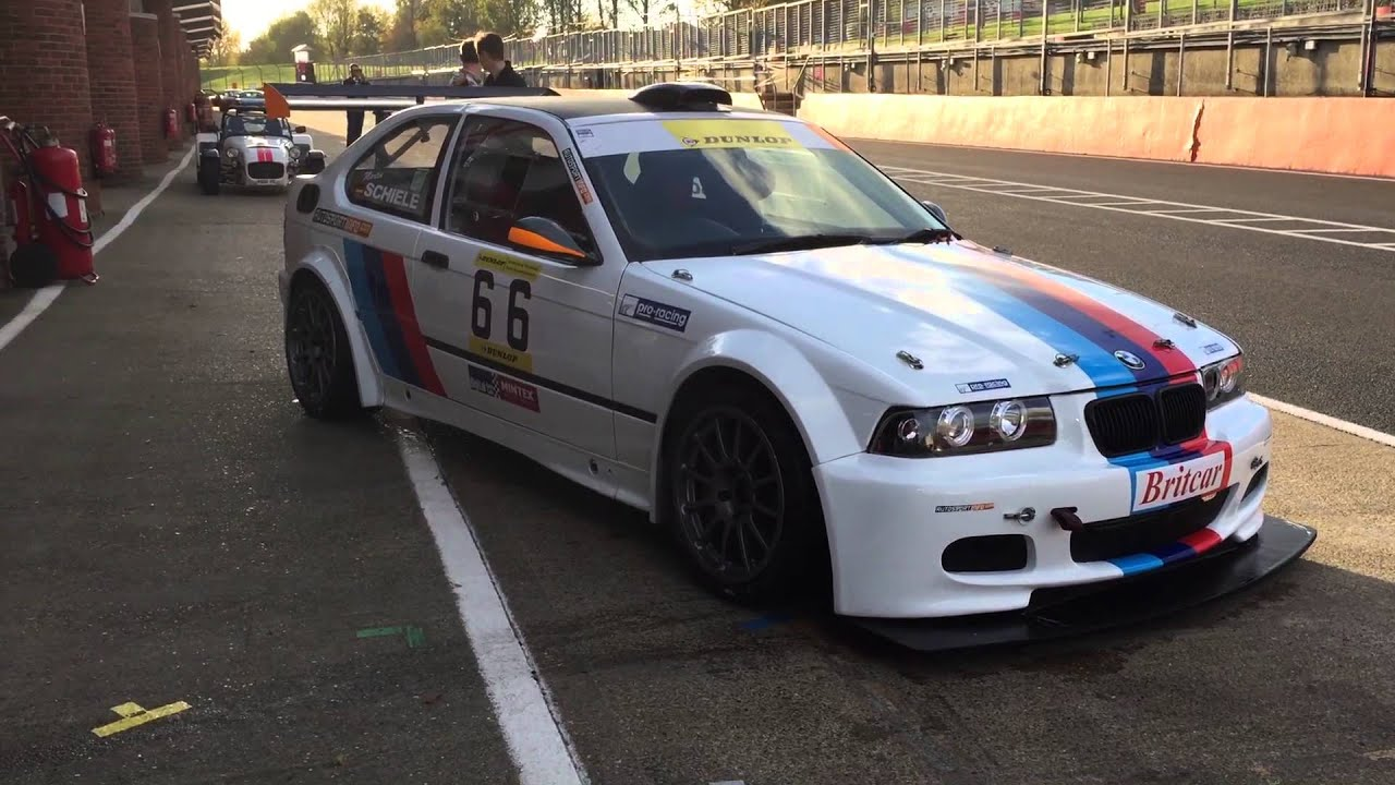 bmw m3 e36 compact 3 2 s52 engine britcar endurance racing and track car youtube. Black Bedroom Furniture Sets. Home Design Ideas