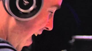 Tiesto & Hardwell - Zero 76 [twoloud Remix] LIVE @ Tomorrowland 2014