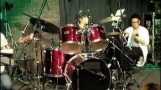 T.G.P.ドラムスクールでの3回目の発表会です。ドラムを始めて3年半に...