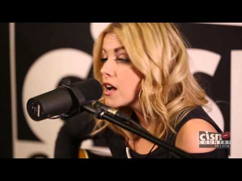 Lindsay Ell - By The Way (LIVE at CISN Country)