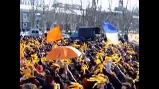 Бердянський Майдан-2004(Автор видео неизвестен. Мы с огромным удовольствием опубликуем его имя, если он объявится и подтвердит..., 2012-11-22T11:01:44.000Z)