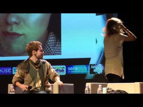 Laurel Holloman mimics Shane