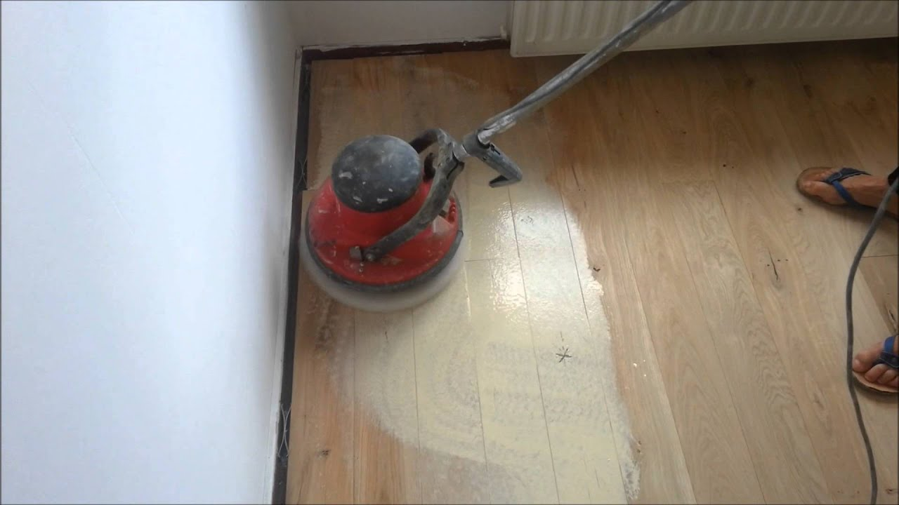 Kleurolie Houten Vloer : Olie op een houten vloer aanbrengen youtube