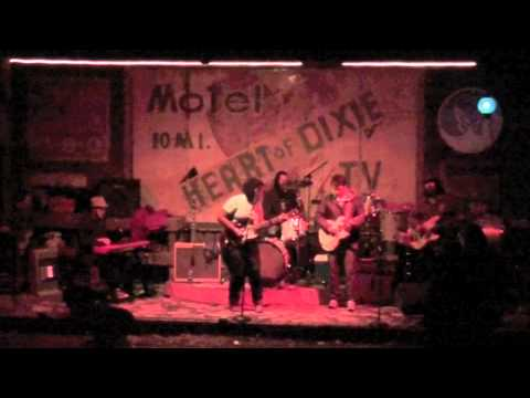 1 - Going To The Party / Hold On - Alabama Shakes 11/5/2011 @ Standard Deluxe - Waverly, AL mp3