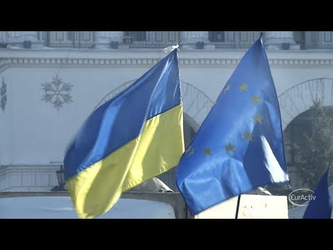 EU imposes sanctions on Russian, Ukrainian officials after Crimea referendum