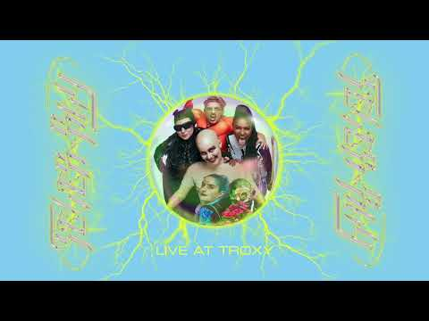 Fever Ray - Triangle Walks (Live)