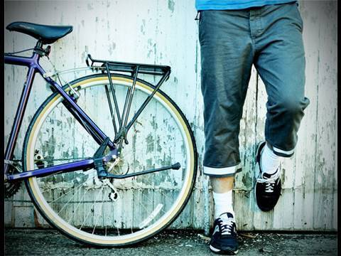 How to Make the Ultimate Pair of Bike Pants for Urban Cycling