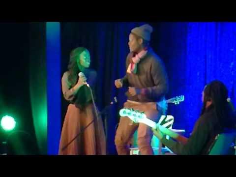 Samthing Soweto   Summer Breeze Feat Pertunia M