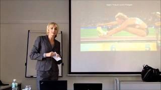 Heike Drechsler spricht beim campus Vertriebs-Kick off 2012 in Kassel