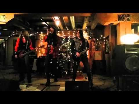 Ron Maiden - Nothing's Alright (Demolition 23 cover) @ Telakka 26.12.2015