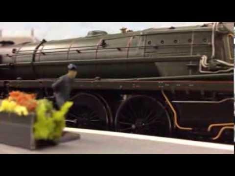 "Trainspotting Britannia Class ""Clive of India"" 70040 Leaving Northbridge Station 23/02/2014"