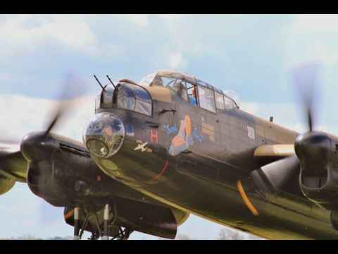 """JUST JANE"" AVRO LANCASTER BOMBER NX611 START UP & TAXI RUN LMA RAF EAST KIRKBY RC MODEL SHOW - 2016"