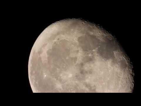 Moon in Super HDTV 4K, UFO Flys Past 2:48 - Nikon P 1000, 125x Optical Zoom