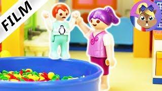 Film Playmobil en français - Emma se fait harceler - Visite à la crèche