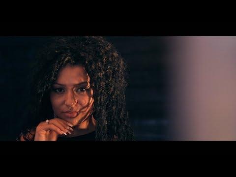 Gaby din Giulesti - MA MANDRESC CU NEVASTA MEA [ oficial video 2017 ]