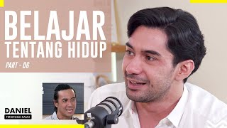 Download lagu Kisah Reza Rahadian Yang Dibesarkan Single Parent - Daniel Tetangga Kamu
