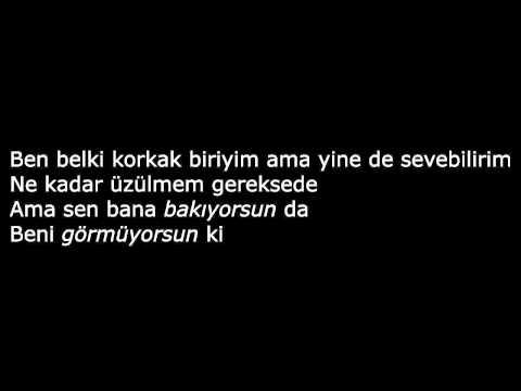 Gri - Korkak (Akustik Versiyon) (Şarkı Sözleri)