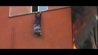 İstanbul'da Yangın - Pencereden Atlayan Kadın Betona Düştü