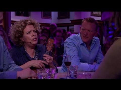 Brigitte Kaandorp op haar best met de ukelele - RTL LATE NIGHT