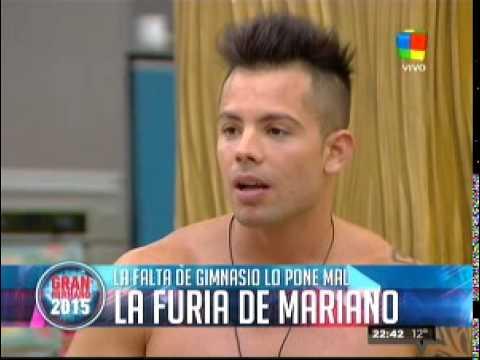Luego de su ataque de furia, Mariano hizo un numero de strip
