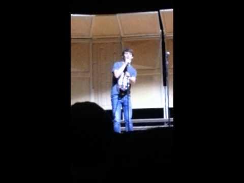 Ryan Roberts singing at perryton high school
