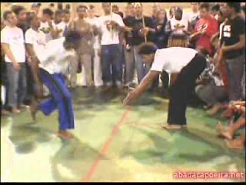 Abadá-Capoeira - Jogo de Angola