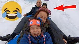 Anabella pe MUNTE cu Bogdan, Jasmina si Melisa | Distractie cu COLACII | Anabella Show
