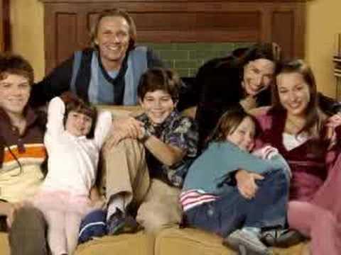 ariel waller modern family
