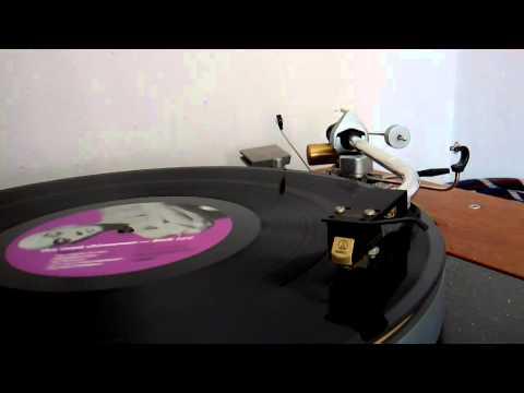 Needle Drop : Dick Lee - Bengawan Solo