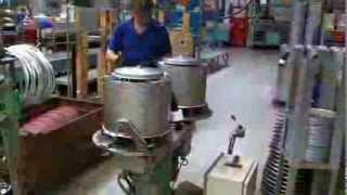 На заводе малогабаритных стиральных машин Еврособа в г.Баар, Швейцария(, 2013-12-26T11:46:42.000Z)