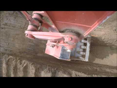 Link Belt 250x4 Excavating Pipeline Bell Hole