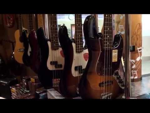 Сool music store in Dubai. Ibn Battuta Mall.THOMSUN PURE MUSIC