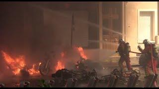Слезоточивый газ и горящие машины: во Франции «жёлтые жилеты» вышли на улицы в 23-й раз