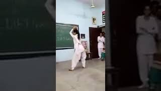 Indian Hot & Sexy College Girl Dance Viral Video on Haryanvi Song 2017