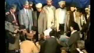 "14 Pakistani ""Sunni"" converting to Islam Ahmadiyya - real Sunna"
