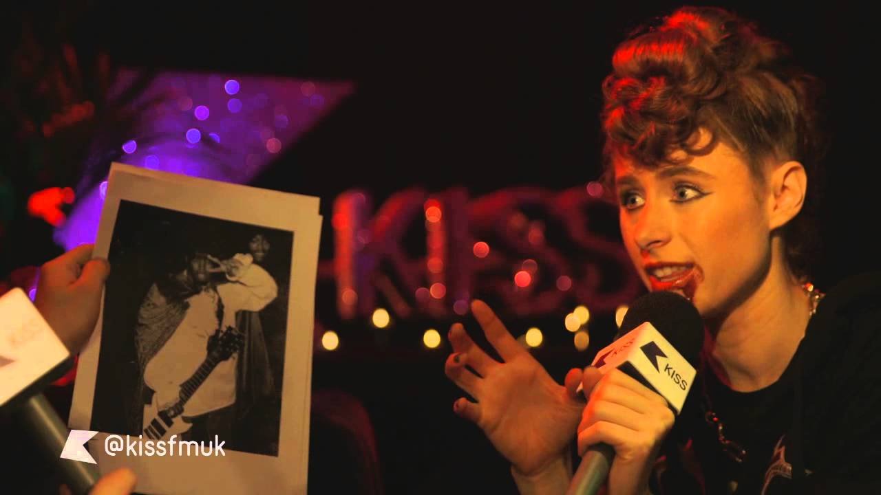 kiesza tells kiss a story about p-diddy – kiss haunted house party