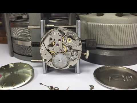 Waltham alarm watch movement By vulcain cal.401 work!Out of case.