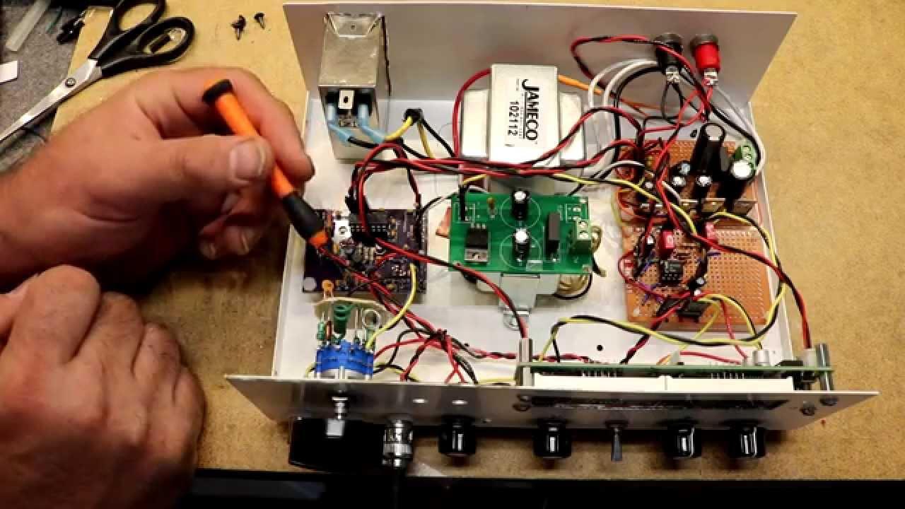 Diy Rf Signal Generator Youtube 0 500mhz Pic16f876 Power Meter