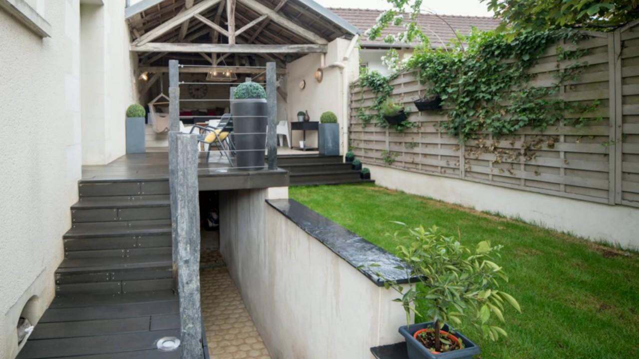 am nagement d 39 un jardin avec terrasse en bois composite garde corps en piquets youtube. Black Bedroom Furniture Sets. Home Design Ideas