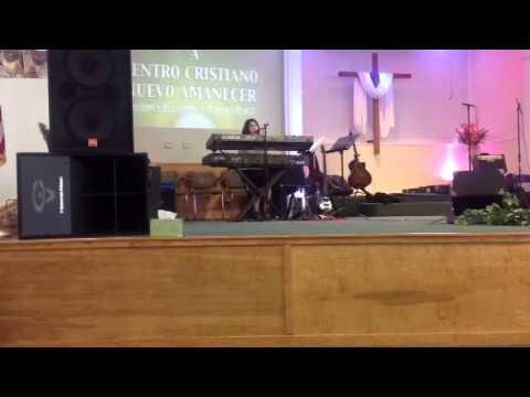 Ada Priscila (Hija de Luis O. Sanchez) cantando en CCNAAD